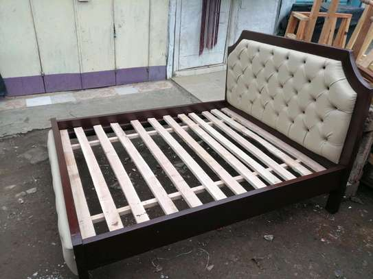 5 by 6 deep button leather bed image 2