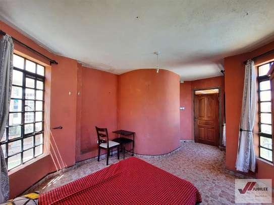 Runda - Flat & Apartment, House image 19