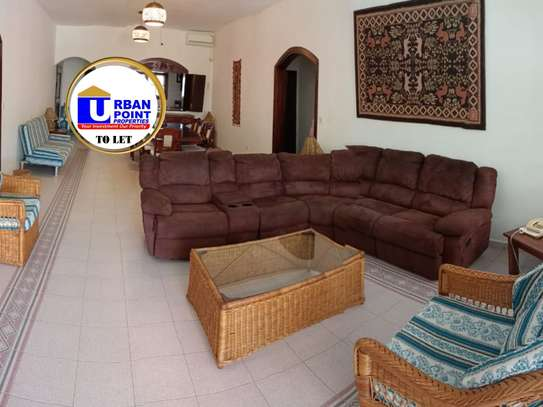 Furnished 3 bedroom apartment for rent in Malindi Town image 3