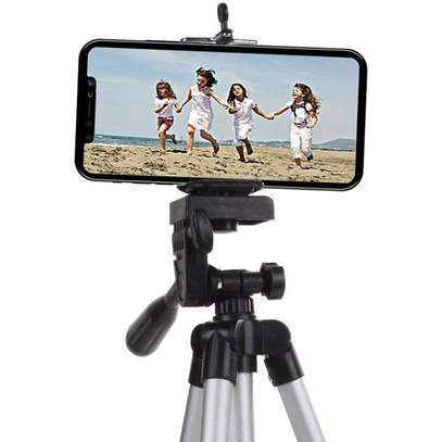 Classic Lightweight Portable Aluminum for cameras and smartphones image 3