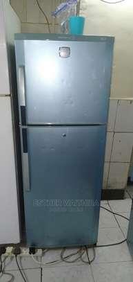 Lg Refrigerator 280 Litres image 1
