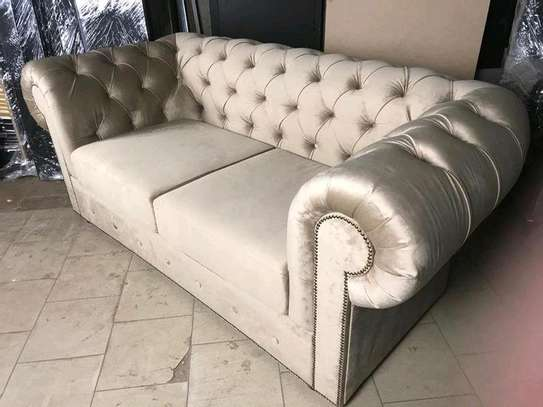 Three seater chester sofa/chesterfield sofas image 1