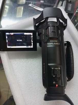 4K Panasonic HC VXF990 Camcorder image 2
