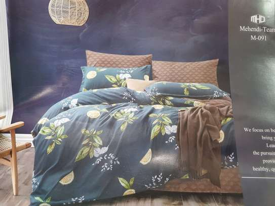 binded duvet with 1bedsheet and 2 pillow cases 6feet by 6 feet image 6