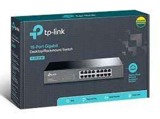16 Port Tp Link Desktop Switch image 1