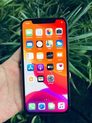 Apple Iphone x Mint Black 256 Gigabytes Model Under Warranty image 5