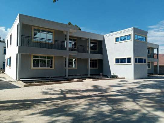 3 bedroom apartment for rent in Karen image 1