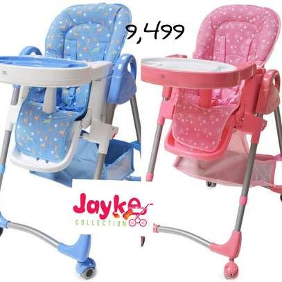 Kids Feeding chairs image 3