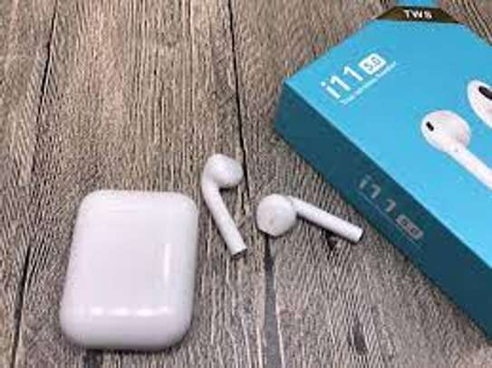 I 11 Tws Bluetooth 5.0 Earphone With M image 1