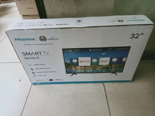 Hisense 32 inches smart tv image 1