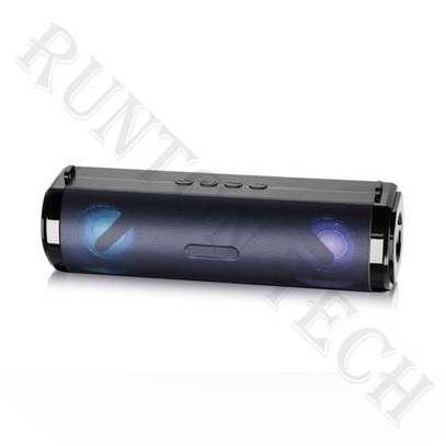 Model R9 bluetooth speaker image 1