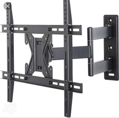 Swivel wall mount 55 inches image 1