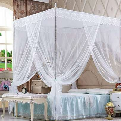 Mosquito net With 4 Metallic Stands image 2