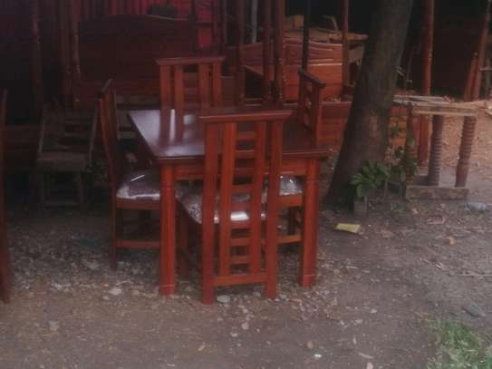 Ready Made Beautiful Quality 4 Seater Dining Set