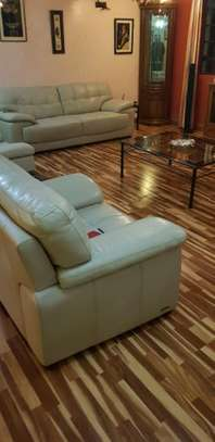 wooden floor laminates image 1