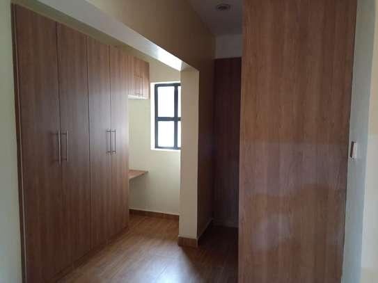 4 bedroom villa for rent in Lavington image 11