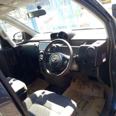 Toyota Spade image 5