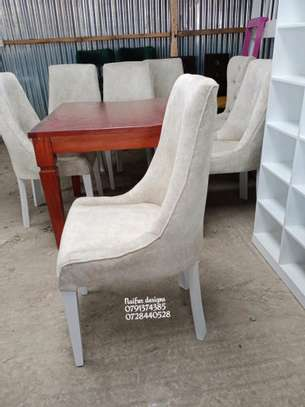 Four seater Dining table for sale in Nairobi Kenya image 2