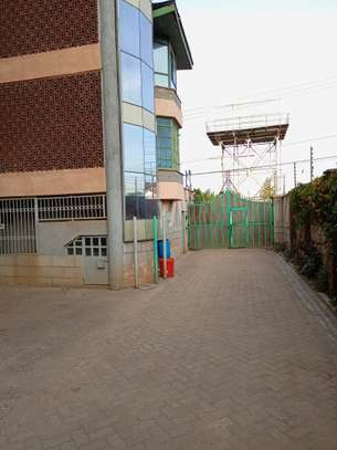 2 bedroom apartment for rent in Ngong Road image 9