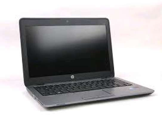 Hp 820 g1 core i3 4gb RAM 128gb SSD 12.5 inches image 3