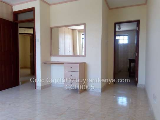 4 bedroom townhouse for rent in Syokimau image 15