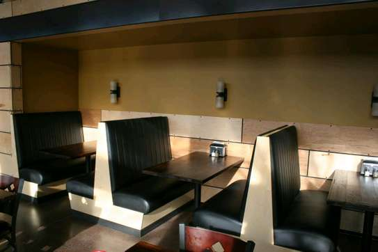 Clubs,restaurant and bar sofas image 1