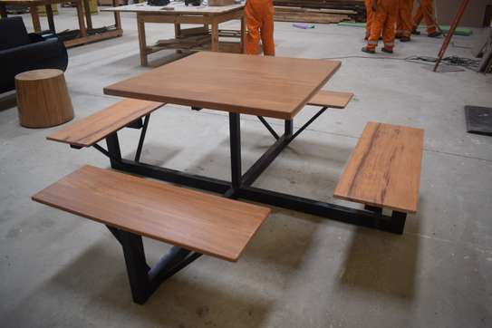 Restaurant bench table for sale! image 2