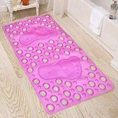 Bathroom mats image 3
