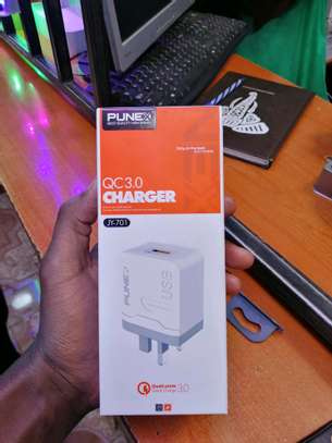 Punex Quick Charge 3.0, USB Wall Charger and Cable image 2