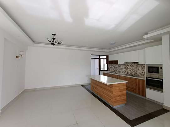2 bedroom apartment for rent in Kilimani image 3