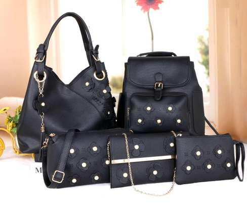 Amazing 5 in 1 Pure leather Handbags image 13