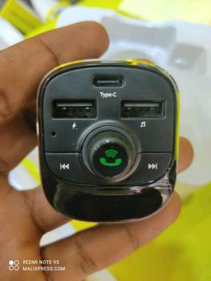 car charger image 2