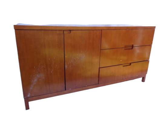 Brown hardwood SideBoard