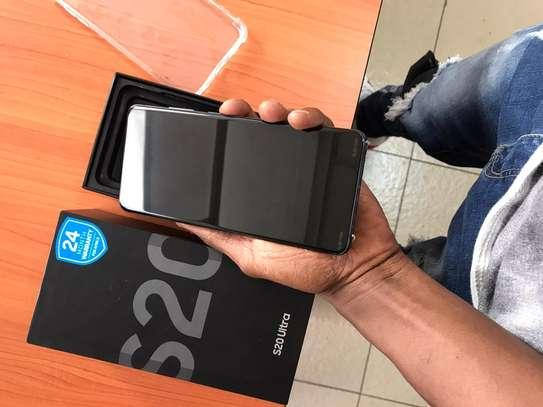 Samsung S20 Ultra image 3