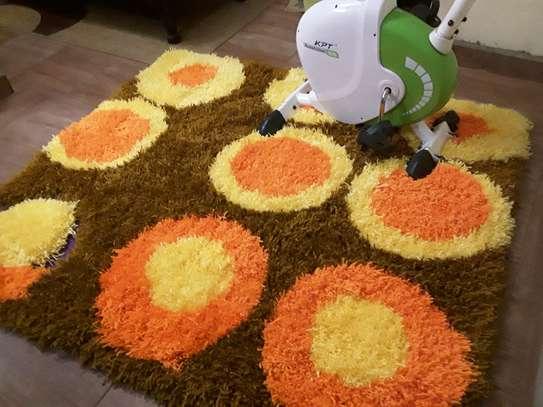 Shaggy rug image 1