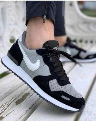 Nike air image 1