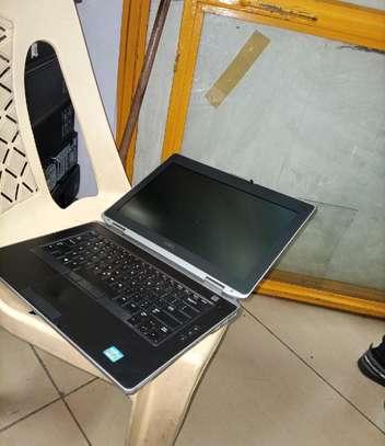 New Laptop Dell Latitude E6430 4GB Intel Core I5 SSHD (Hybrid) 320GB image 3
