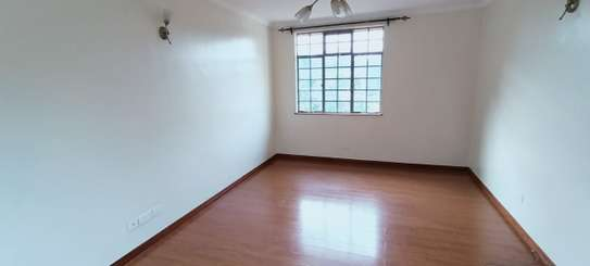 5 bedroom house for rent in Thigiri image 12