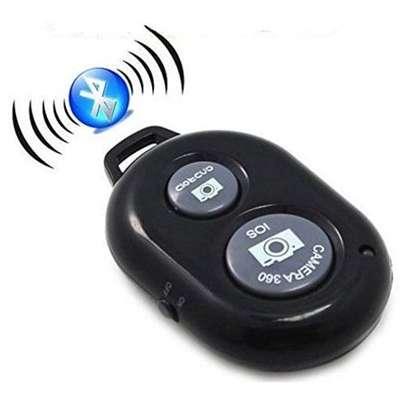 Wireless Bluetooth Selfie  shutter image 1