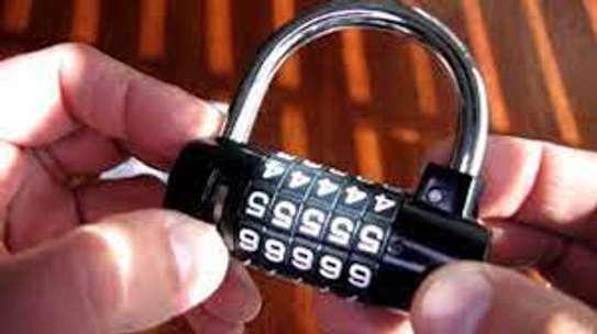 5 Digit Combination Lock image 1