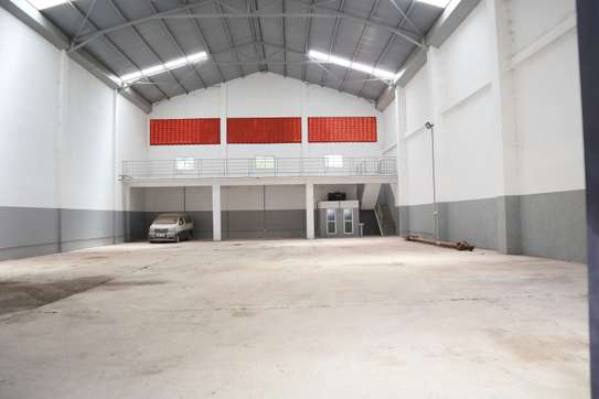15000 ft² commercial property for rent in Mtwapa image 3