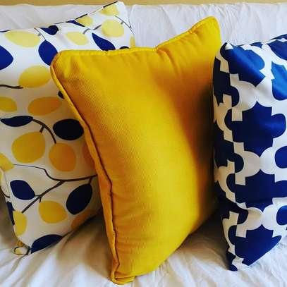 Quality throw pillow image 9