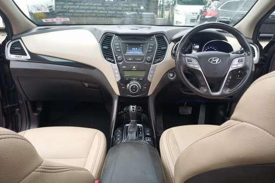 Hyundai Santa Fe image 9