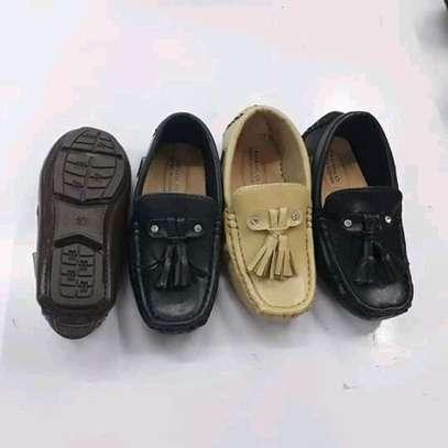 Kids lowfas/shoes image 4