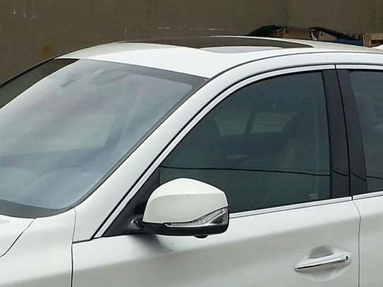 Professional Window Tinting Services | Mobile Window Tinting Service image 3
