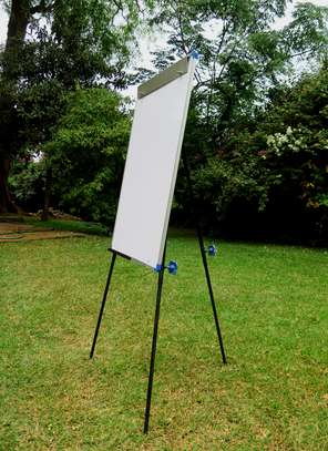 CLASSIC STEEL EASEL WHITEBOARD PORTRAIT ORIENTATION, ALUMINUM FRAME, ON A TRIPOD STAND & PORTABLE! image 5