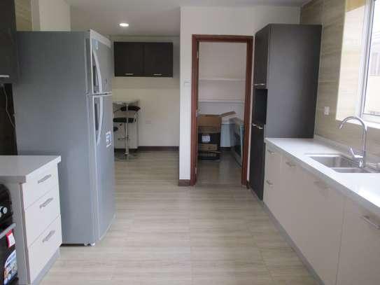 Furnished 3 bedroom apartment for rent in Kilimani image 6