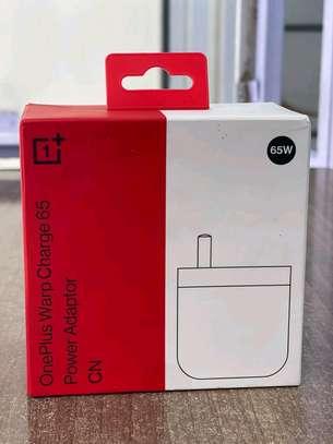 Oneplus warpcharge 65 powerplus adapter image 1