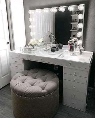 Classic customized dressing tables image 4