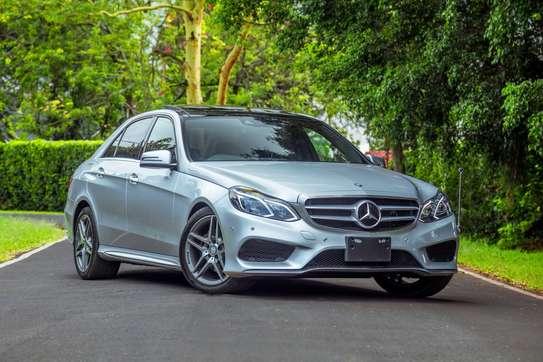 Mercedes-Benz E300 image 15